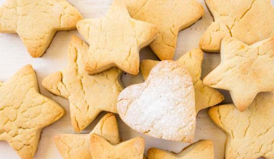 Teniamo felicemente impegnati i nostri bambini: biscotti senza uova e burro,