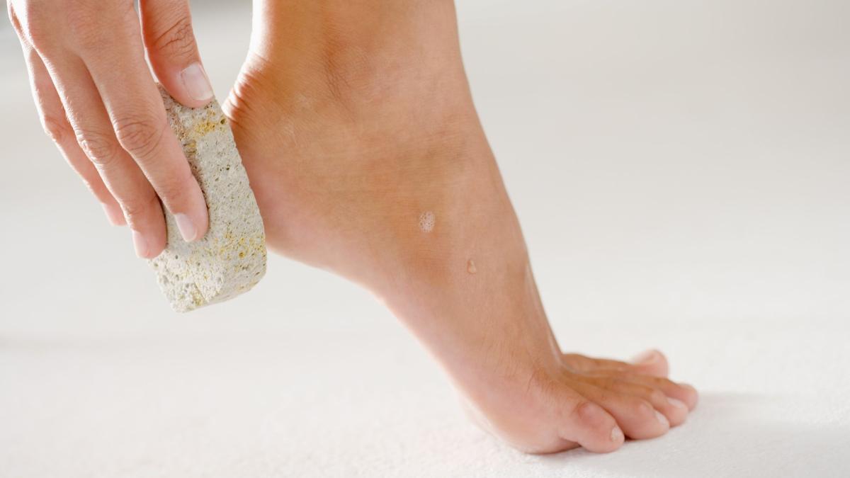 come curare i piedi a casa