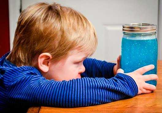 Come calmare i bambini, Barattolo della calma: metodo Montessori .
