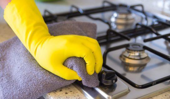 Come pulire i bruciatori incrostati del gas, in modo facile e veloce.