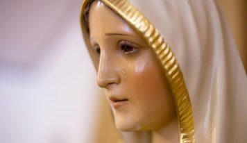 Preghiera per proteggere i  figli. Affidiamoli a Maria.