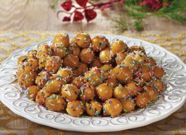 Pignolata calabrese al miele, il dolce tradizionale delle feste