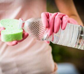 Usare efficacemente l'Aceto bianco nelle pulizie