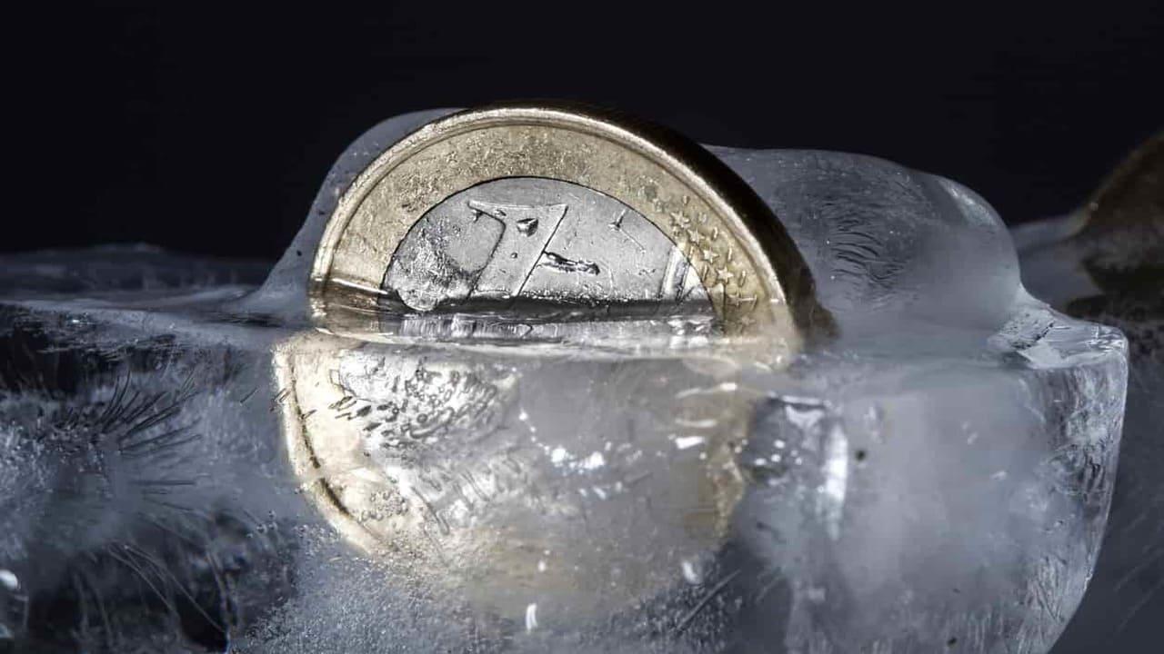 moneta nel freezer